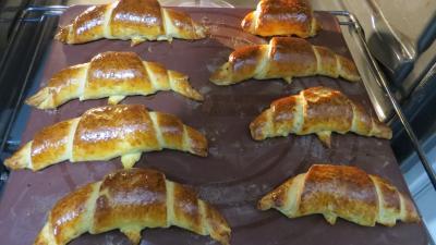 Croissants variés et chocolat - 11.1
