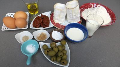Ingrédients pour la recette : Cake au fromage de chèvre