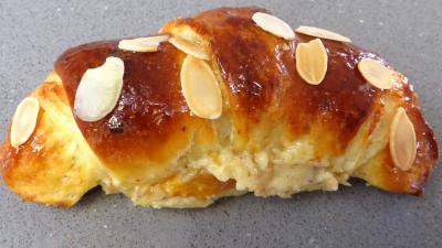 Croissants à la crème aux abricots - 15.1