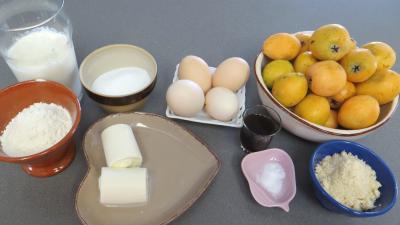 Ingrédients pour la recette : Clafoutis aux nèfles du Japon