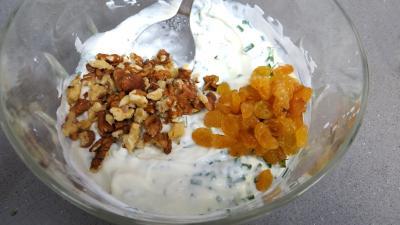 Fromage blanc aux concombres en verrines - 4.3