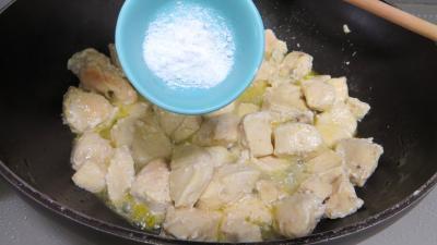 Blancs de poulet sautés dauphinois - 3.1