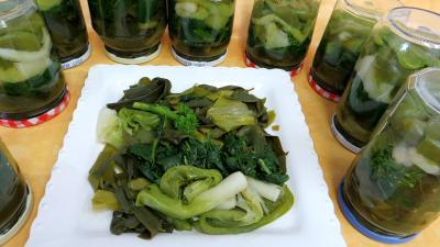 Conserves : Assiette de conserves de légumes