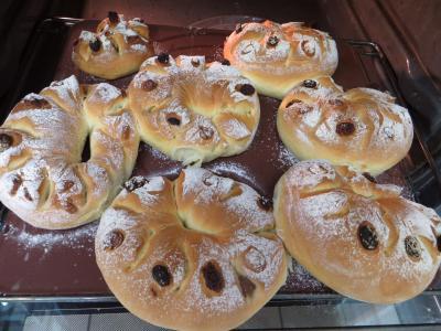 Couronnes de pain de mie aux fruits secs - 9.1