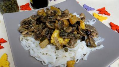 câpre : Assiette de vermicelles de riz aux câpres