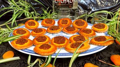 Abricot sec : Assiette de biscuits d'abricots secs