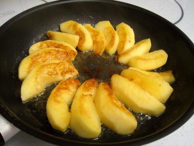 Salade de mâche aux foies de volaille et aux pommes - 9.1