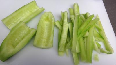 Sauté de concombre et poivrons à la chinoise - 1.2
