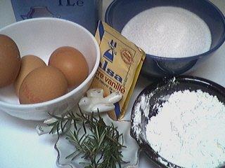 Ingrédients pour la recette : Crème au romarin