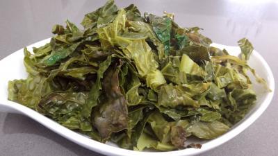 Salade au chou, noix et féta - 5.1