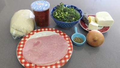 Ingrédients pour la recette : Pizza aux brocolis