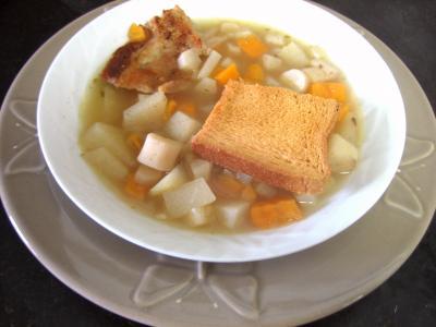 poitrine fumée : Assiette de soupe de scorsonères