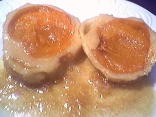 quenelles : Assiette de quenelles aux abricots