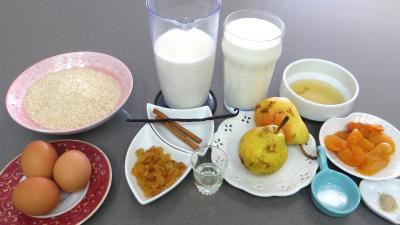 Ingrédients pour la recette : Gâteau de riz aux poires