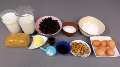 Ingrédients pour la recette : Flan pâtissier au cassis