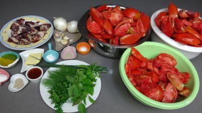 Ingrédients pour la recette : Sauce tomates aux coeurs de canard