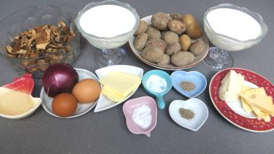 Ingrédients pour la recette : Gratin de pommes de terre aux cèpes