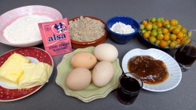 Ingrédients pour la recette : Gâteau aux physalis