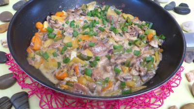 Wok de panaché de légumes au confit de canard