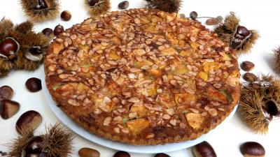 Image : Assiette de clafoutis aux pommes et châtaignes