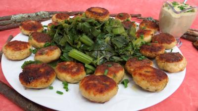 Image : Assiette de boulettes de dinde avec blette à la vapeur