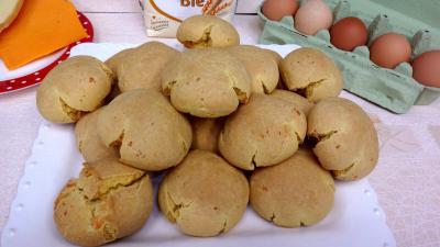 Image : Plat de boulettes de fromage à la mimolette
