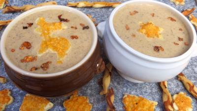 Soupes & potages : Crème de champignons et ses gressins décoratifs