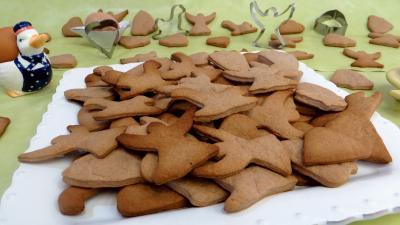 Recettes sans oeufs : Biscuits de Pâques à la cannelle