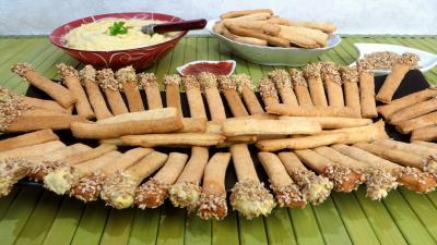 entrée à base de fromage : Allumettes aux anchois
