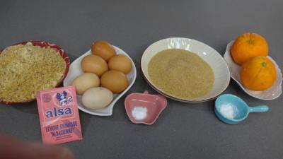 Ingrédients pour la recette : Gâteau à l'orange