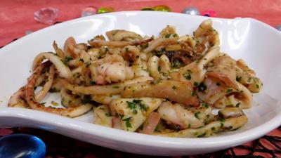 Coquillages et crustacés : Plat de calamars à la marinière