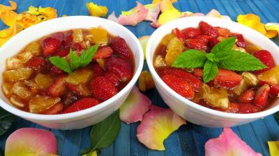Recettes sans oeufs : Bols de fraises et d'oranges