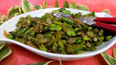 Recette Poêlée d'asperges et fèves