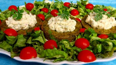 muscade : Croustillants de pommes de terre à l'oseille et crevettes