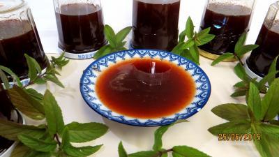 Confitures : Gelée de pommes à la menthe