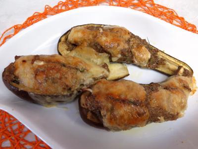 cuisine aux épices : Plat d'aubergines farcies à la cannelle