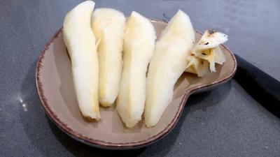 Brie et poires en salade - 3.1