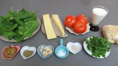 Ingrédients pour la recette : Tarte fine au Cantal
