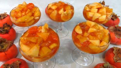 ananas : Coupes de kakis au Grand-Marnier