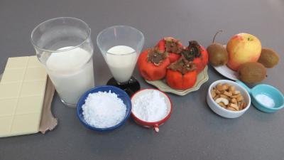Ingrédients pour la recette : Mousse au chocolat blanc et aux fruits