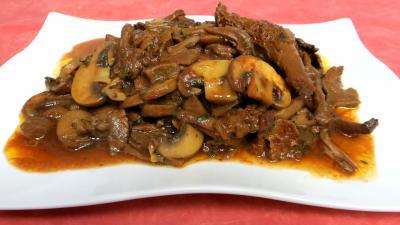 Légumes : Plat de champignons à la Grecque
