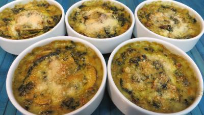 Image : Cassolettes d'épinards et champignons au four