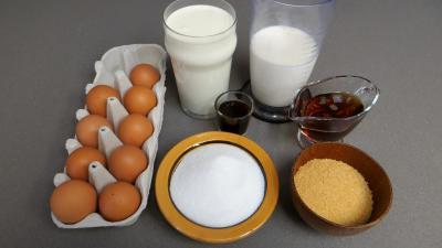 Ingrédients pour la recette : Crèmes brûlées au sirop d'érable