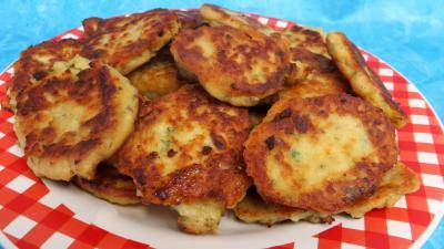 Cuisson à la casserole : Assiette de galettes de poulet