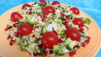 tomate cerise : Assiette de taboulé façon libanaise