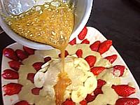 fraises et mangue au caramel