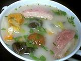 soupe de châtaignes et escargots
