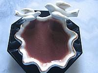 Image : Ramequin de sauce au vin rouge