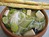 Image : Bol de soupe chinoise au tofu