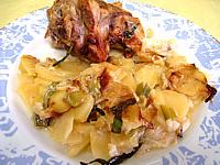 Recette Souris d'agneau aux pommes de terre et aux oignons